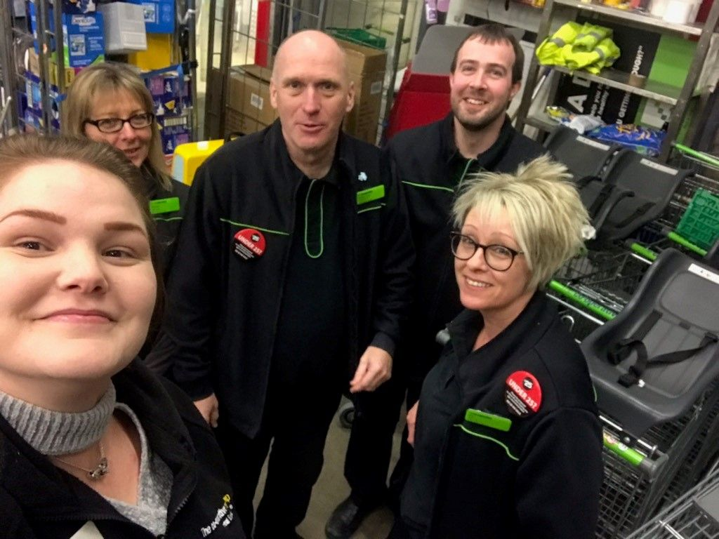 Eastern Membership team help food stores to support communities